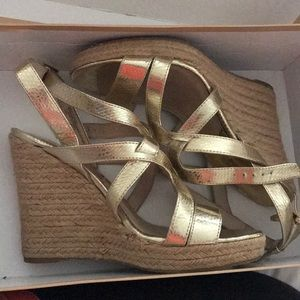 Michael Kors wedges gold